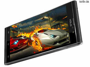 The Black 1X is one of the first 5-inch smartphones in the sub-Rs 10,000 price with offer a full HD display. This was rare.