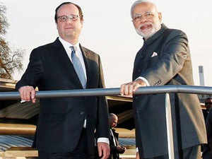 According to officials, Modi and Hollande have jointly sent written invites to 100 plus countries to International Solar Initiative at Paris Climate Conference (COP21).