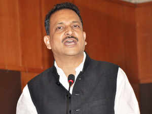 Rajiv Pratap Rudy approached Manohar Parrikar & pitched for usage of defence offsets for skilling to enhance India's defence manufacturing capabilities.