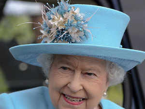 When Queen Elizabeth II made a state visit to India marking the 50th anniversary of independence in 1997, many Indians in India and Britain demanded the return of the diamond.