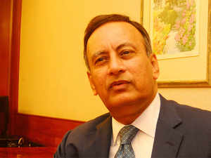 Pakistan's former top diplomat Husain Haqqani has warned the Congress that F-16s fighter jets would end up being used against India and not against terrorists.