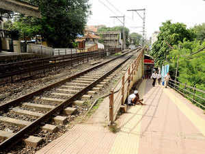 A new tri-weekly AC double decker train service between Mumbai and Madgaon in Goa will commence from tomorrow.