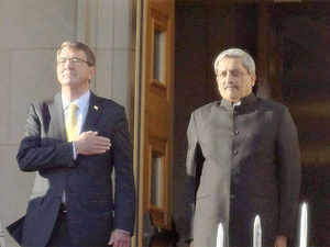 Defence Minister Manohar Parikar being accorded an enhanced honour cordon by the US Defence Secretary, Ashton Carter, at the Pentagon.