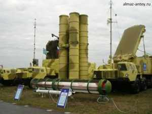 The deal coincides witth PM Modi's visit to Russia. Reliance Group has also siged a deal with the Russian United Shipbuilding Company for warships. In pic: Air missile system