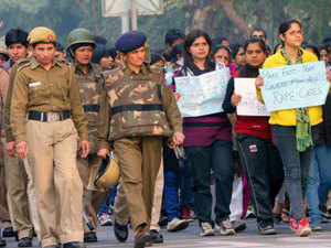 A parliamentary panel has found that women personnel constitute only a little over 9 per cent of the Delhi Police force and asked the Home Ministry to ensure that their numbers are enhanced and reaches up to 33 per cent.