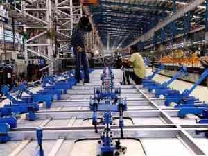 The revival prospects for India's manufacturing sector in the October-December quarter seem to be weakening mainly due to a sluggish exports scenario.
