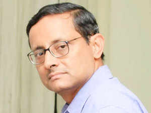 Sanjay Mitra, the West Bengal Chief Secretary and senior IAS officer of the 1982 batch, has been appointed as Roads Secretary by the Centre.