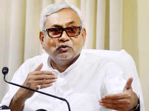 Bihar CM Nitish Kumar today proposed banning hooters in vehicles barring those of the Governor, Patna High Court Chief Justice, fire engines and ambulances to check increasing sound pollution.