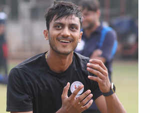 Axar Patel makes a stronger case for his inclusion in the playing eleven by helping Gujarat win their maiden Vijay Hazare Trophy.