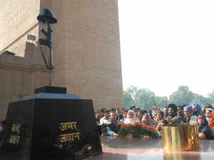 Former Army chief General OP Malhotra died due to old age complications at his residence here. Malhotra was the 13th Chief of Army Staff of the Army from 1978-1981.  In pic: File photo of 'Amar Jawan Jyoti'