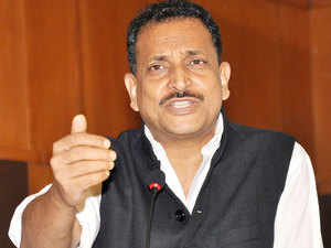 Union minister Rajiv Pratap Rudy said today that Varanasi will soon get a model skill training centre which will offer courses across different trades and job roles and create employment opportunities.