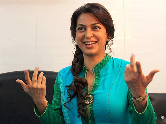 Actresses like Priyanka Chopra, Deepika Padukone, Kangana Ranaut and Anushka Sharma have openly slammed the Hindi film industry for pay disparity.