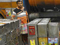Mustard oil consumers may heave a sigh of relief as companies like Adani Wilmar, Ruchi Soya and others are set to reduce prices following a drop in demand.