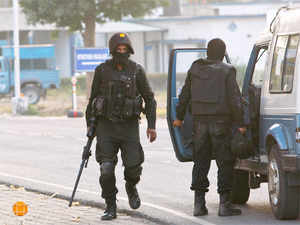 Commandos stand at the Indian air force base in Pathankot on January 5, 2016.