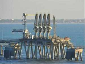 Krishnapatnam Port Company has inked a pact with Petrogas Pvt Ltd and the Andhra Pradesh government to set up an LNG regassification terminal.