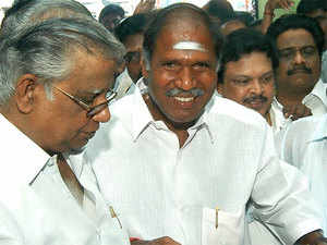 People's Welfare Front today urged Puducherry Chief Minister N Rangasamy to seek a vote of confidence through a special Assembly session.