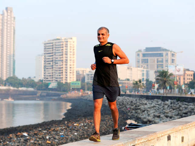 Rashesh Shah clocked 2:05:53 at an average speed of 10.01 kmph in the half marathon. However, he had participated in the full marathon the previous year.