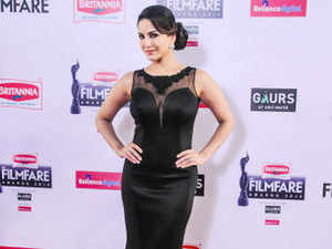 Sunny Leone has informed Delhi government that she will not sign any future contracts for endorsement of pan masala and other such products.