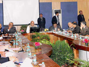 The threat of ISIS was discussed threadbare at a meeting of top officials of central intelligence and investigative agencies and police of 13 states which was chaired by Home Minister Rajnath Singh.
