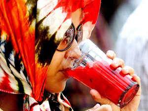 UK-based Twiss Drinks in a tie-up with diversified business house Amarjothi group on Tuesday announced its foray in the aerated natural fruit juices segment in the country.