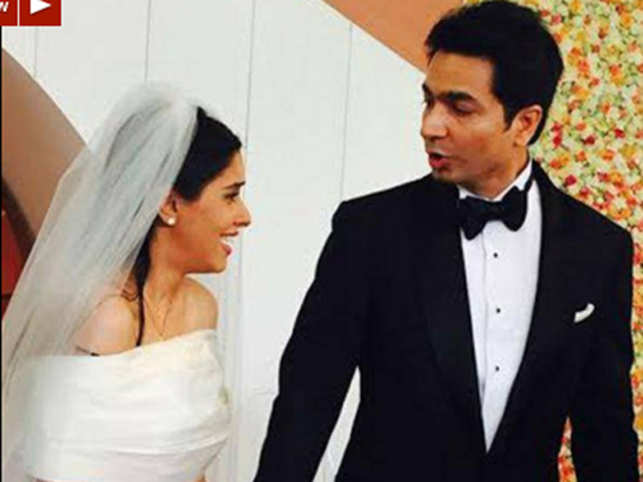 Asin's wedding to Rahul Sharma was a well-guarded, private ceremony at a resort in the city and was attended only by family members and close friends.