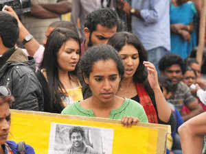 Dalit faculty members today threatened to step down from administrative positions if their key demand of revocation of suspension of four other students is not met.