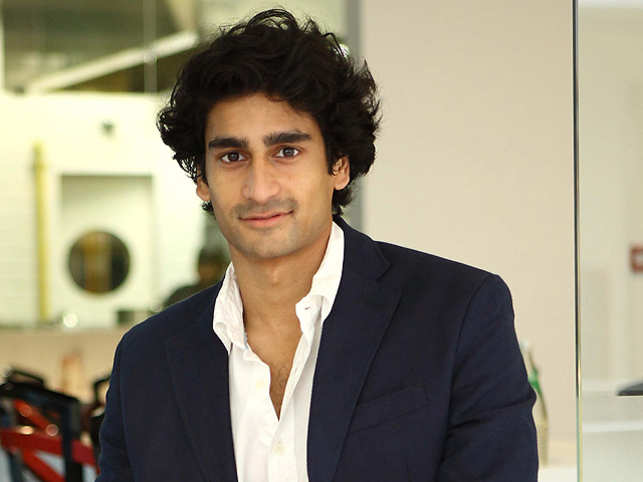 In a candid chat, Arjun Gadkari of Nilgai Foods (PICO) talks about fashion and travelling tips.