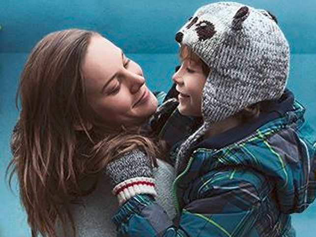 Directed by Lenny Abrahamson, the film tells the story of a 5-year-old boy and his Ma who has been kidnapped and kept in a small room for 7 years.