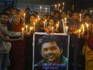 The interim inquiry on August 12, 2015 had censured both groups – the Akhil Bharatiya Vidyarthi Parishad and the Ambedkar Students Association (ASA).