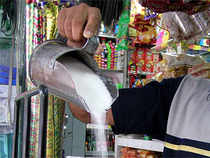The sweetener for delivery in May traded higher by Rs 8, or 0.24 per cent, to Rs 3,297 per quintal in 42,800 lots.