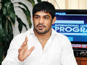 Star grappler Sushil Kumar today said that he does not see any controversy over who gets to represent the country at the Rio Games later this year.