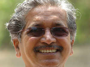 Maharashtra Industries minister Subhash Desai has tabled a proposal before the state cabinet to allow a direct trade between farmers and consumers without Agricultural Produce Market Committee (APMC) as a mediator.