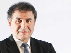 Nouriel Roubini does not believe that the world is in a situation similar to in 2008 but warns that problems could get worse.