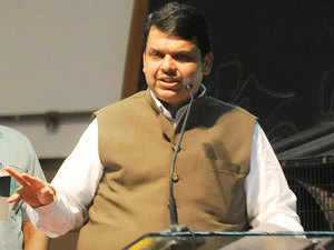 Maharashtra CM Devendra Fadnavis said that his government has plans to launch a mobile app which will make 250 citizens available to the users on the mobile.