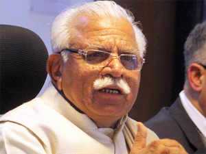 Khaps carry out social reforms and one or two mistakes don't make them wrong as a whole, according to Haryana Chief Minister Manohar Lal Khattar.