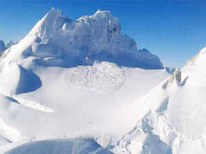 The Indian Army has deployed specialised earth penetrating radars to locate the bodies of 10 soldiers who were buried alive in an avalanche in the Siachen Glacier.