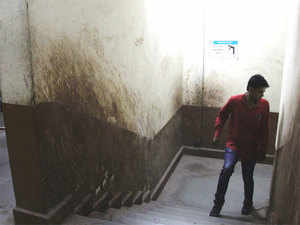 Offenders spitting for the first time will have to pay a fine of Rs 1,000 and also do a day of community service at public places or at government offices.