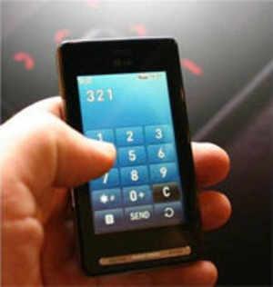 Nokia N97 Palm Pixi Motorola Cliq