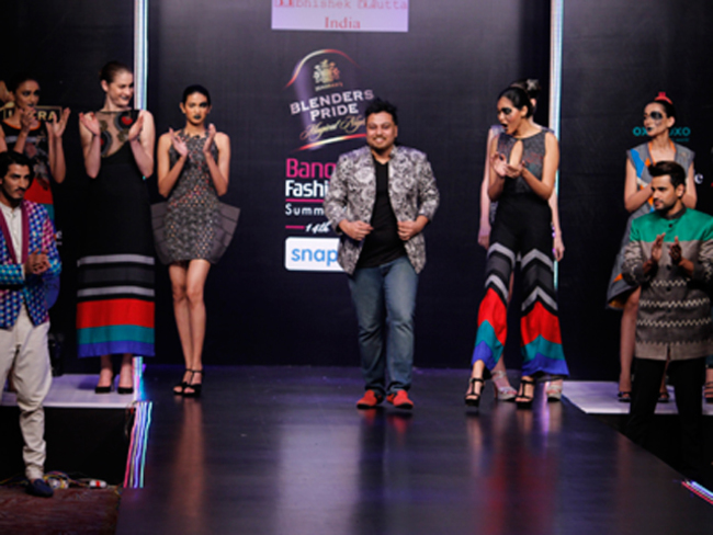 Elegance And Flair Rule At The Blender S Pride Bangalore Fashion Week The Economic Times