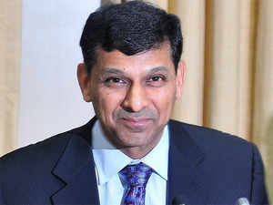 RBI governor Raghuram Rajan is meeting bankers later today to discuss the lack of cash in the banking system.