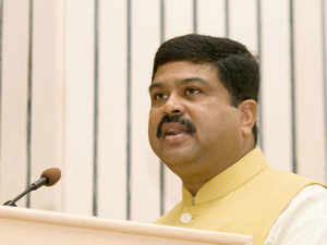 State-run fuel retailers will meet the target of blending 5 per cent ethanol in petrol for the first time this year, oil minister Dharmendra Pradhan has said.