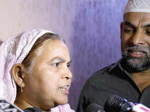 Ishrat Jahan's mother Shamima Kausar interacts with media during a press conference.