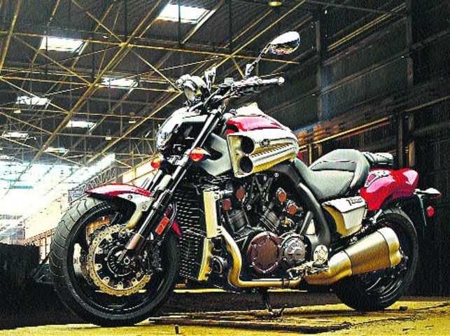 Yamaha V-Max: Mean, and bit impractical motorcycle