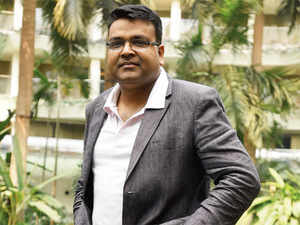 Sandeep says his arrest in San Jose was a blessing in disguise for ShopClues. Rid of his executive responsibilities, Sandeep kept thinking strategy for ShopClues, sitting in the US.