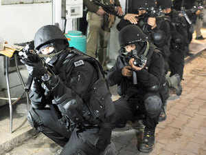 515 NSG commandos protect the country's 16 VIPs who are all politicians, including Home Minister Rajnath Singh, L K Advani and Mulayam Singh Yadav.