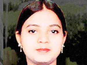 Government sets up probe panel on Ishrat Jahan\'s missing files - The ...