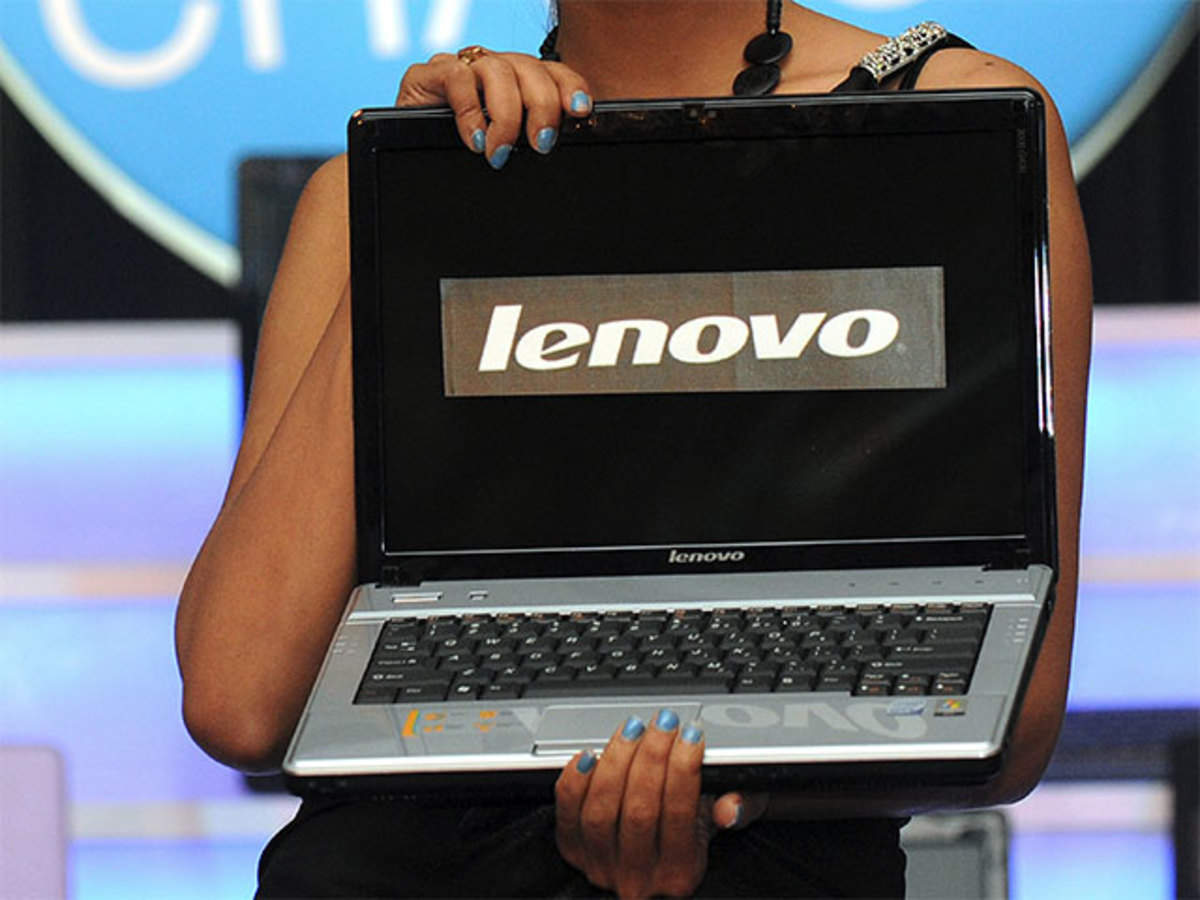PC shipments up 10 6% in Q4 2015, but concerns on future