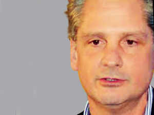 Abate joined GE in 2005 as the head of GE's renewable energy division, then a small but growing business. He remained as its head until 2013