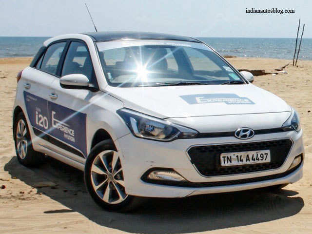 Elite i20 for relaxed city drive - Comparison review: Maruti