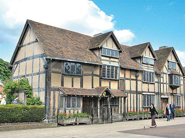 Shakespeares House On Henley Street